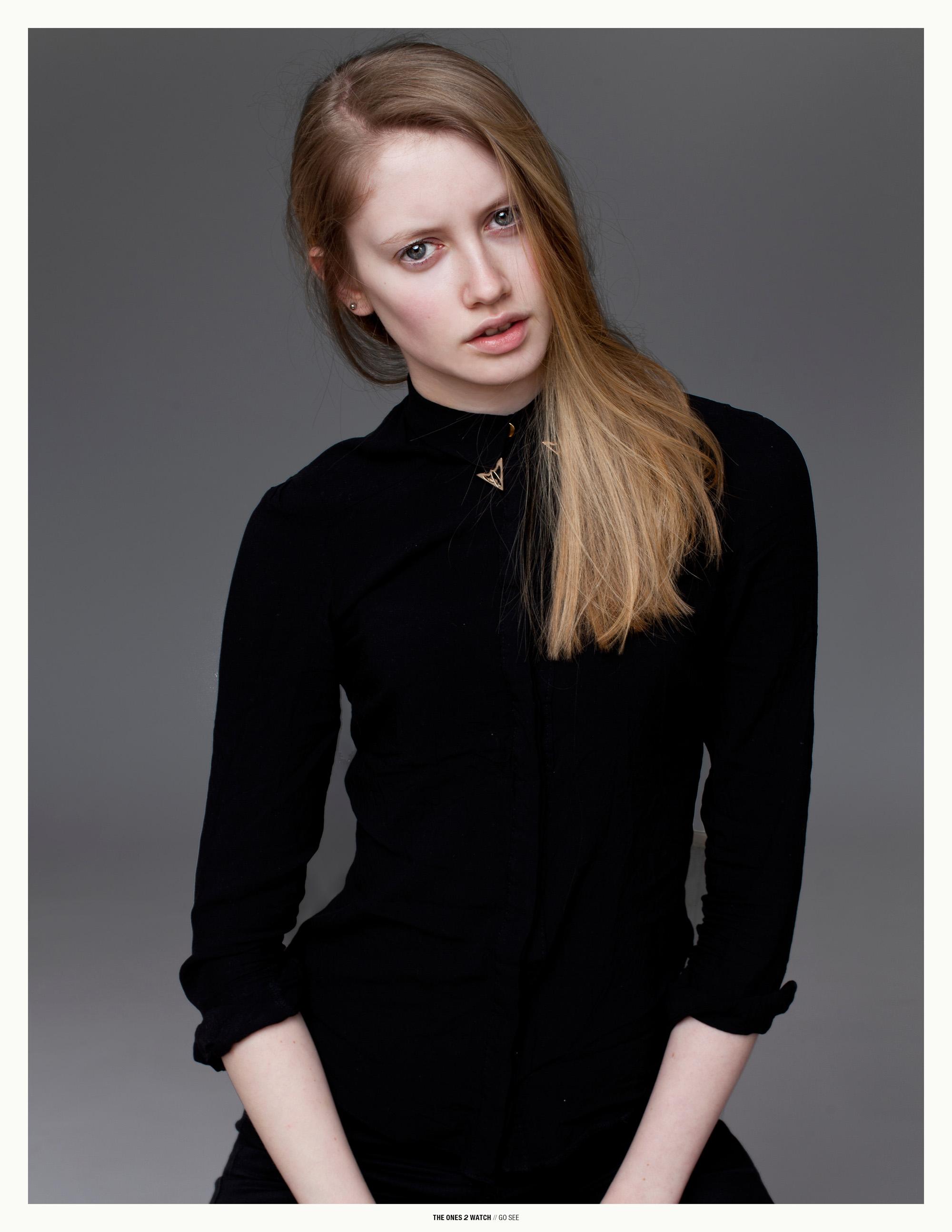 gosee-london-sofia@models1-anyaholdstock3